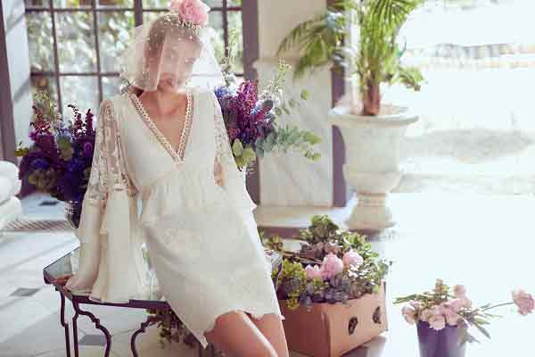 |  || Gelinlere Özel Romantik Tasarımlar; Zeynep Tosun For Koton Koleksiyonu'nda