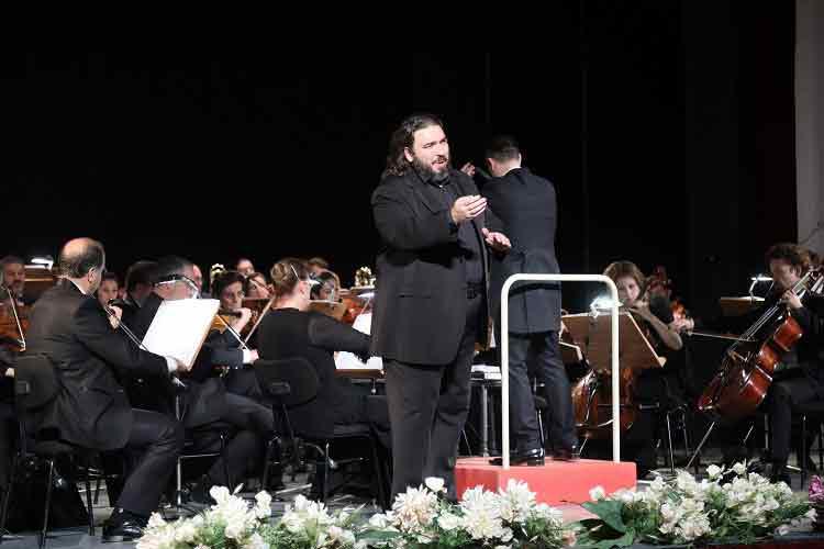 GEZİ & KÜLTÜR SANAT | KÜLTÜR SANAT || Türkiye-Romanya Dostluk Konseri İzmir'de Sahnelendi