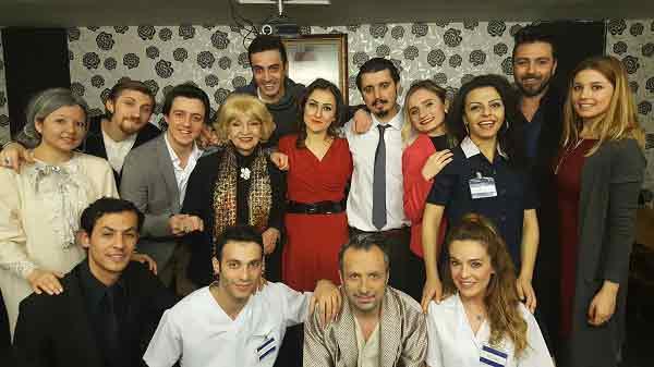 GEZİ & KÜLTÜR SANAT | KÜLTÜR SANAT || Sahne Tozu Tiyatrosu'nda Kahkahalar Yükseliyor