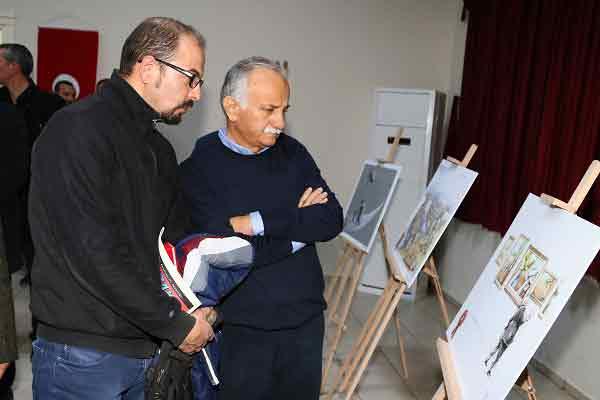 GEZİ & KÜLTÜR SANAT | KÜLTÜR SANAT || Bayraklı'nın Karikatürleri Beğeni Topluyor