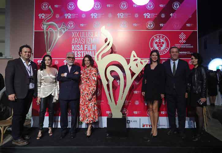 GEZİ & KÜLTÜR SANAT | KÜLTÜR SANAT || 19. İzmir Kısa Film Festivali'ne Muhteşem Açılış
