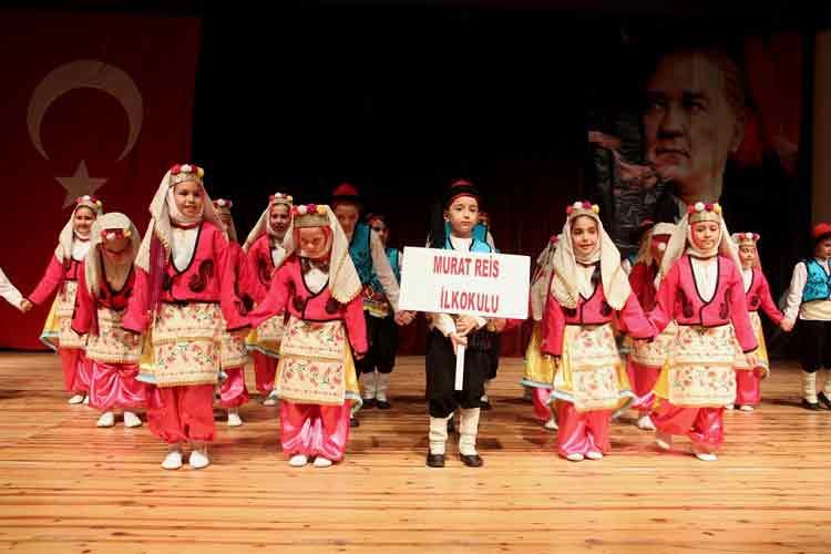 GEZİ & KÜLTÜR SANAT | KÜLTÜR SANAT || Konak'ta Halkoyunları Şenliği