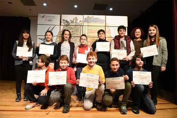 DOSYA & HABER | HABER || Fosil Bilim Kampı Katılım Belgeleri Verildi