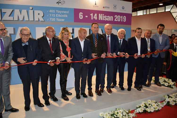 DOSYA & HABER | HABER || İzmir Kitap Fuarı Yine Dolu Dolu Geçti