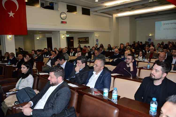 Iccı Enerji Sohbetleri Yenilenebilir Enerji İle İzmir'de Başladı | DOSYA & HABER