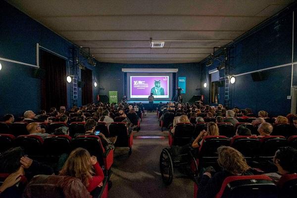 Ege Life | Uluslararası İzmir Kısa Film Festivali'ne Başvuru Yağmuru