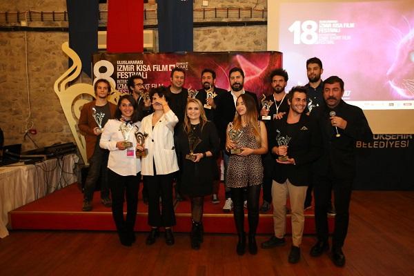 Ege Life | 18. İzmir Kısa Film Festivali'ne Muhteşem Açılış Altın Kedi Buca'da Başladı