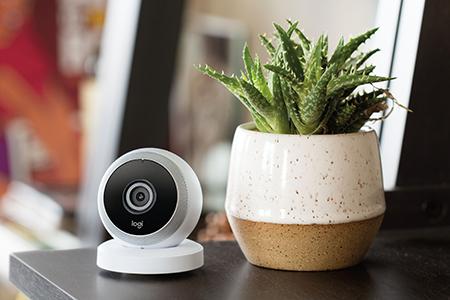 Ege Life | Logitech,  Akıllı Teknolojisini Ev Güvenlik Kameralarına Entegre Etti