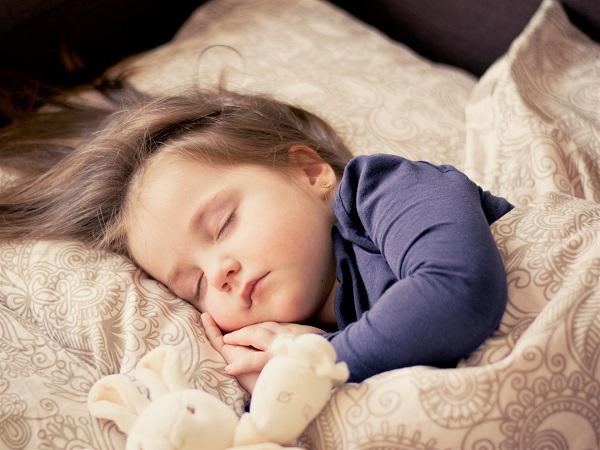 Ege Life | Uyurken Vücudunuzda Neler Oluyor?