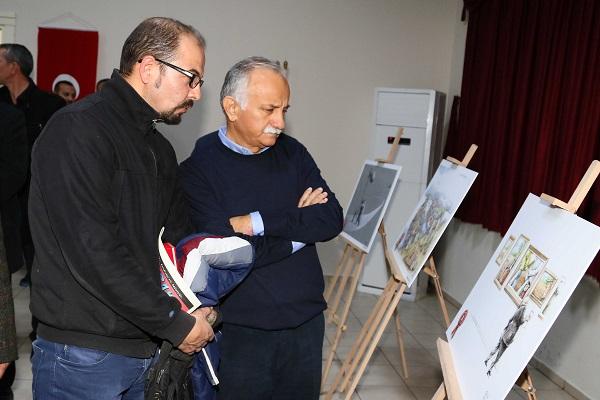 Ege Life | Bayraklı'nın Karikatürleri Beğeni Topluyor