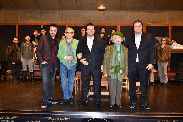 Ege Life | Sahne Tozu Tiyatrosu İZPEK Tiyatro Günleri Başladı