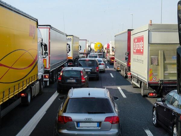 Ege Life | İzmir'in Trafik Sorunu
