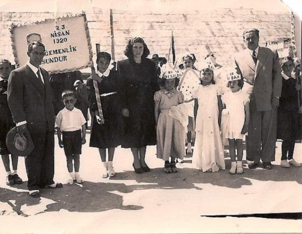 Ege Life | Atatürk ve Çocuk Sevgisi
