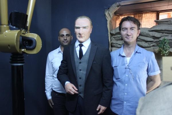 Ege Life | Ata Anı Evi'nde Atatürk Heykeli