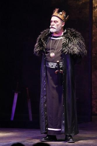 Ege Life | Usta Oyuncu Bilginer, Kral Lear ile İzmirlilerle Buluştu