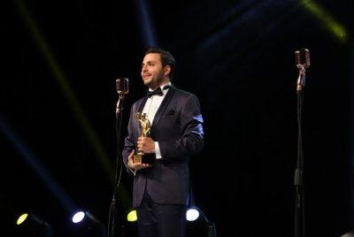 Başarılı Oyuncu Uğur Kanbay Ödüle Doymuyor | DOSYA & HABER