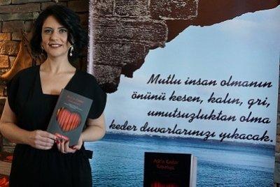 Aşkla Yeniden Doğuşun Mucizesi… Yazar Nazan Arısoy'un Yeni Kitabı Çıktı | DOSYA & HABER