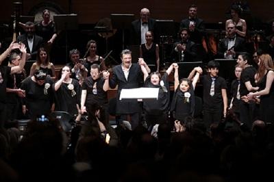 GEZİ & KÜLTÜR SANAT | KÜLTÜR SANAT || Özel Çocuklardan Muhteşem Konser  Yaşamın Ritmi Ayakta Alkışlandı
