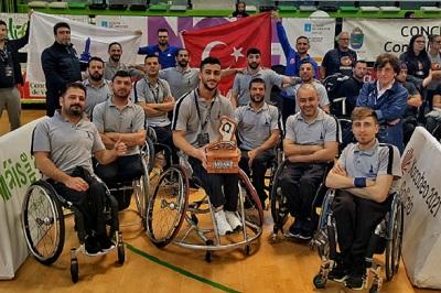 DOSYA & HABER | HABERİNİZ OLSUN || İzmir Büyükşehir Belediyesi, Tekerlekli Sandalye Basketbol Takımı  Avrupa Üçüncüsü Oldu