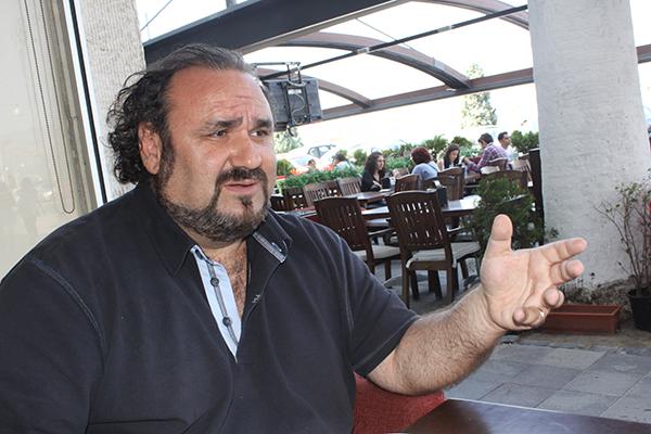 |  || 13'ünde Müzikten Kaldı; 20'sinde Pavarotti'nin Yanındaydı