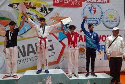 Bergamalı Genç Türkiye Üçüncüsü Oldu | DOSYA & HABER