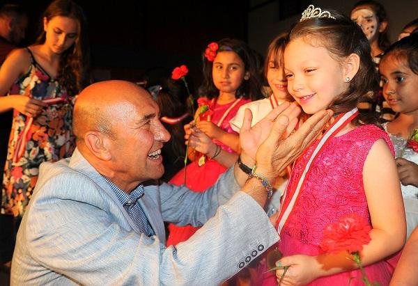 GEZİ & KÜLTÜR SANAT | KÜLTÜR SANAT || Seferihisar'ın Tiyatrocu Ordusu Festivalde Buluştu
