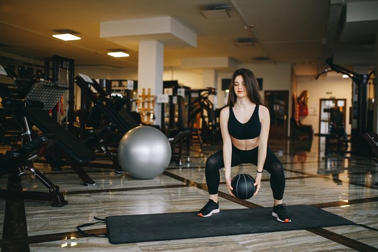 SPOR & SAĞLIK | SAĞLIK || Spora Gidecek Vaktiniz mi Yok? Olduğunuz Yerde Spor Yapın!