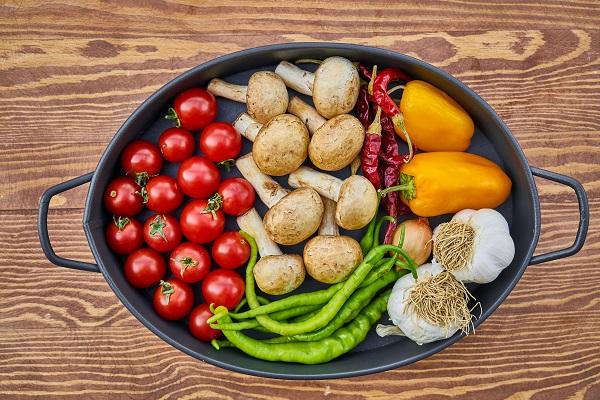 |  || Spor Öncesinde ve Sonrasında Beslenme