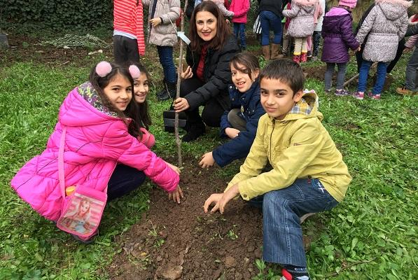       'Ağacım Ağacın Olsun' Etkinliği Öğrencileri Bir Araya Getirdi