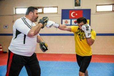 Buca'nın Yıldızları Kick Boks Avrupa Kupası Yolcusu   SPOR & SAĞLIK
