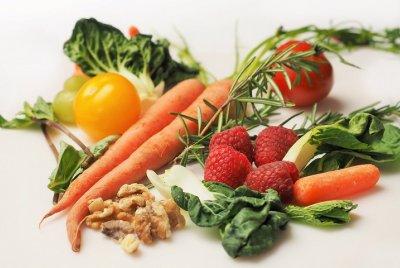 Neden Mevsimine Uygun Beslenmeliyiz?   SPOR & SAĞLIK