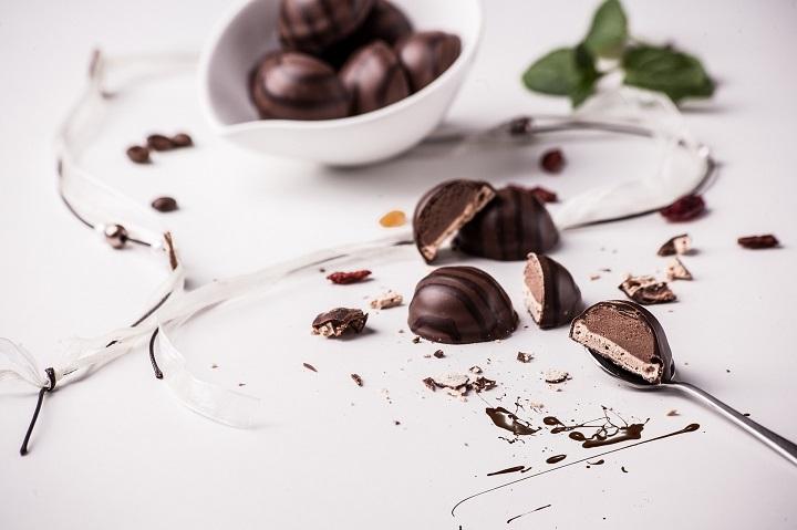 DOSYA & HABER |  || Çikolataya Yeniden Âşık Olmanızı Sağlayacak 10 Gerçek